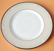 Royal Doulton Abbey Hall Champagne Accent Lunch Plate 9 Made In U.k. New