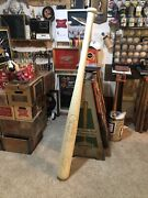 Hillerich And Bradsby Louisville Slugger 66 Inch Store Display Rare Babe Ruth Bat