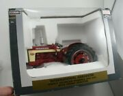 Speccast 116 Scale Farmall 340 Tractor Wide Front Highly Detailed In Box