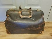 Antique Leather Doctors Bag. Genuine Cowhide. M.c. Lilley And Co.