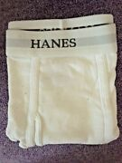 New Open Pack Hanes Mens Size L 32-34 Briefs. 4 Pair Tagless