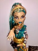 Monster High Original Nefera De Nile Doll With Ring And All Accessories