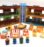 Vintage Fisher Price Little People Play Family 952 Brown Tudor House Extras