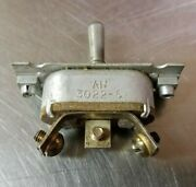 Vintage Wwii Cutler Hammer An3022-6 Aircraft Toggle Switch 3 Position Spdt C-h