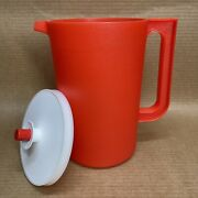 Tupperware 2 Quart Pitcher 1676 Push Button Seal Drink Container Red New