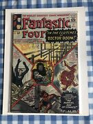 Fantastic Four In The Clutches Of Dr Doom Rare Marvel Comics Group 12€ 17 Aug