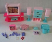 Barbie Dollhouse Furniture Stereo Tv Vcr More Electronics Toy Lot Toy Bundle