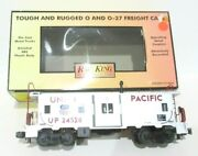 Rail King Mth Trains O/o-27 Scale Union Pacific Bay Window Caboose 30-7749 New