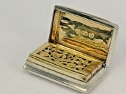 1814 Georgian Silver Vinaigrette With Gold Washed Interior By John Shaw