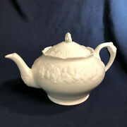 Crown Ducal Florentine White 4 Cup Teapot And Lid Rmbossed