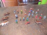 Vintage Lead Toy Cowboys And Indians - Made In England - Handpainted - No Reserve