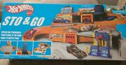 2015 Mattel Hot Wheels Stow And Go Folding Race Track Service Station New