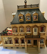 Playmobil Victorian Mansion 5300 Plus 5 People/furniture/accessory Sets