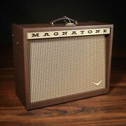 Magnatone Varsity Reverb 15w 1x12andrdquo Combo Amp W/ Footswitch And Cover