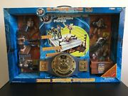 Nib - Rare Wwf Superstars Signature Series Collections Ring And Action Figures