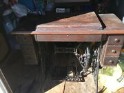 Singer Sewing Machine G8987968 1921 Model 66 With Wooden Cabinet
