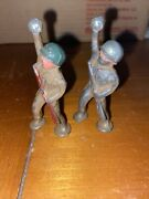2 Barclay Manoil Toy Soldiers B-243 Pod Foot Granade Thrower