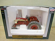 Farmall 340 Wide Front Highly Detailed