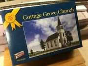 Walthers Cornerstone 933-3606 Cottage Grove Church Kit E-z Snap Series C-7