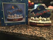Rare Enesco Santa Claus Is Coming To Town Moving Sleigh/lights Music Box