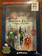 Dc Justice League - The New Frontier 2 Disk Set Dvd W/ Green Lantern Figurine
