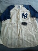 Mickey Mantle Autographed Jersey W/coa.