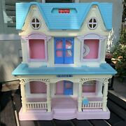1993 Fisher Price Loving Family Fold Up Dream Dollhouse 6364 No Accessories