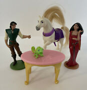 Disney Pvc Tangled Play Set Figures 5pc. Flynn Pascal Gothel Maximus And Table