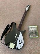 Xbox 360 The Beatles Rock Band + Limited Rickenbacker Wireless Guitar Controller