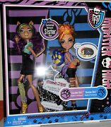 2011 Monster High Exclusive Werewolf Sister Pack Clawdeen And Howleen Sisterss1-4