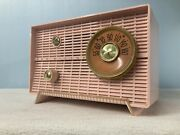 """Rca """"nipper Vii"""" Pink Tube Radio With Bluetooth And Fm Options"""