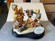 Hummel Figure 2100 Meisterfotograf 8 1/8in 1 Choice Incl. .top Condition