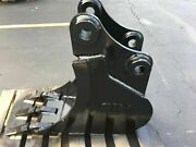 New 12 Excavator Bucket For A Case Cx47