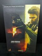 1/6 Hot Toys Chris Redfield Bsaa Ver Vgm06 Figure Resident Evil 5 Biohazard Used