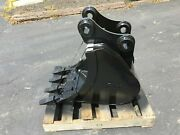 New 18 Excavator Bucket For A Case Cx60