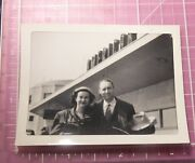 1940s Photo Mary Rose Noel And Bob Moreland Under American Sign At Airport