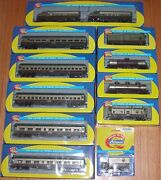 Athearn Napa Valley 5 Passenger Cars 4 Freight Cars 2 Locomotives And Truck