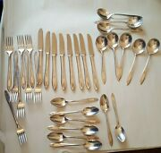Lot Of 32 Pcs Wm A Rogers Aa Heavy Oneida Ltd Service For 8 Knives Forks Spoons