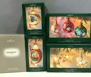 Hallmark Christmas Power Supply Electrical Illuminations And 4 F0our Ornaments
