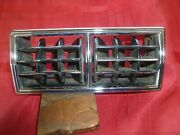 1968 1970 Ford Mustang Air Conditioning Ac Center Dash Vent Oem Nice 69 70