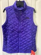 Nwt The Womanandrsquos Insulated Puffer Thermoball Vest Deep Blue M