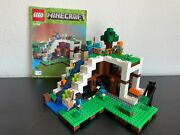 Lego Minecraft The Waterfall Base 2017 21134 Complete