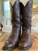 Lucchese Classicand039s Menand039s Hand Made Black Cherry Calf Cowboy Boots Size 8.5 2e