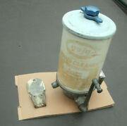 Vintage 4.5 Lb Gojo Soap Dispenser 200-913a Hand Cleaner W/ Wall Mount Fast Ship