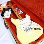 3957 Good Condition Fender Usa American Vintage 57 St Vwt Stratocaster Fend