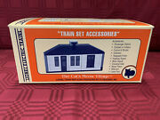 1995 Lionel The Catand039s Meow Village Train Set Accessories 11 Collectible Items