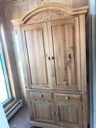 Broyhill Fontana Tv Armoire/entertainment Center. Excellent Used Condition, Pine