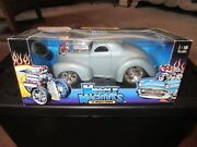Muscle Machines 118 41 Willys Coupe Die-cast