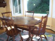 Hunt Country Furniture Original Classic Pine Dining Room Trestle Oblong Table