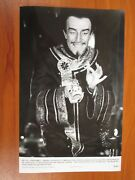 Vintage Glossy Press Photo Peter Sellers In Fiendish Plot Of Dr Fu Manchu 2
